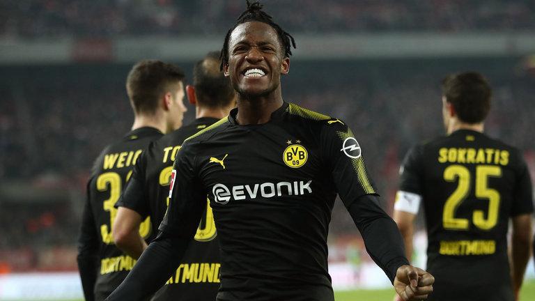 Hạnh phúc với Dortmund, Batshuayi kể về ngày gian khó ở Chelsea - Bóng Đá