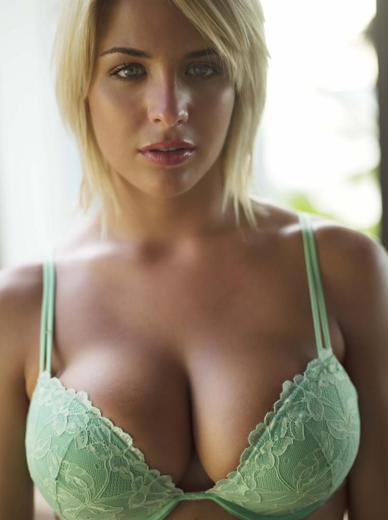 Gemma-Atkinson-5