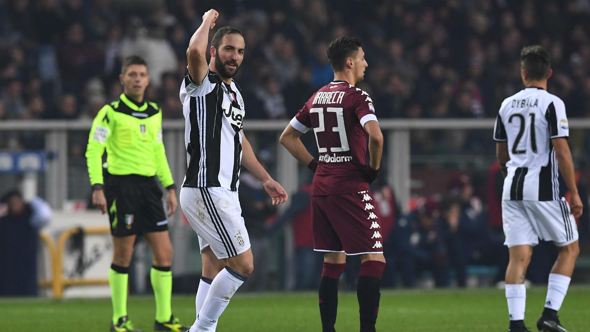 Higuain có cú đúp, Juventus ngược dòng đánh bại Torino