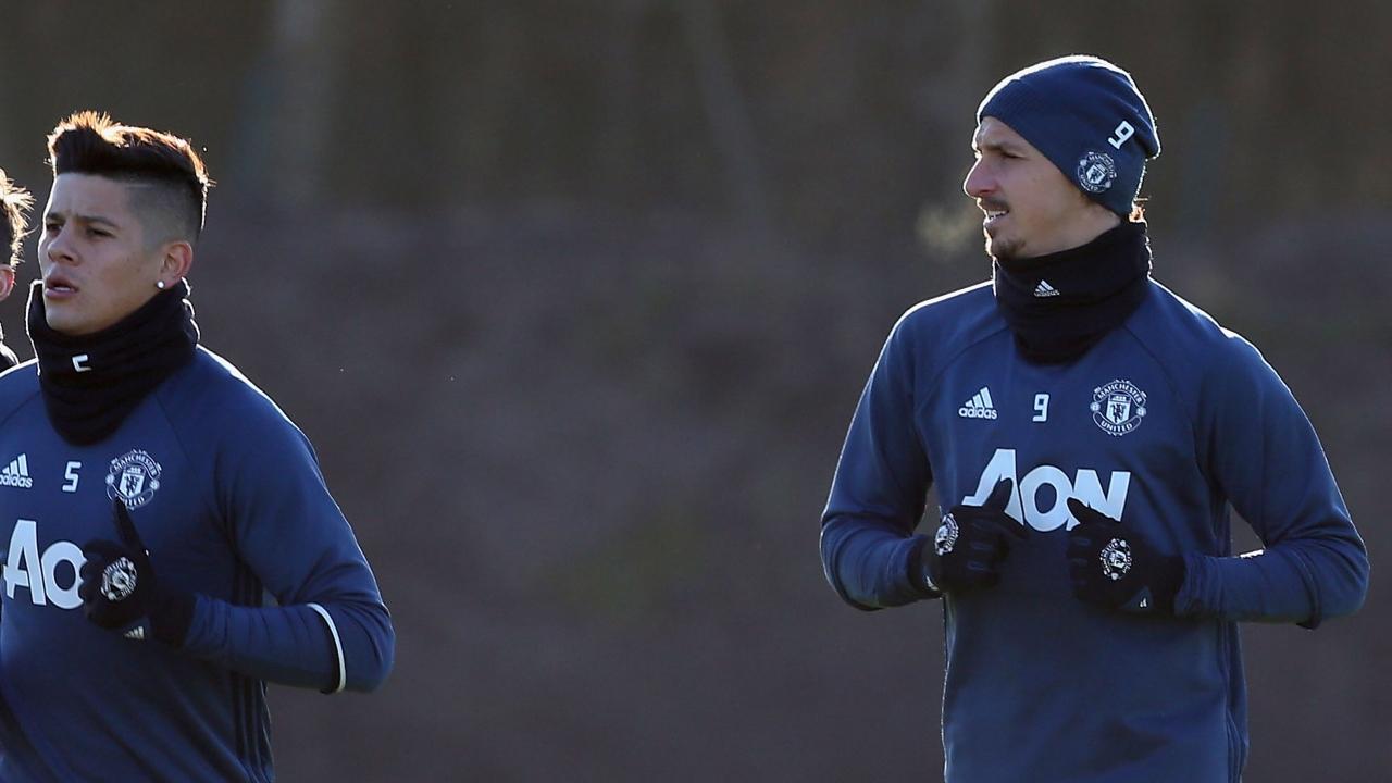 Lộ lí do Ibrahimovic bất ngờ vắng mặt ở trận đấu với Hull City - Bóng Đá
