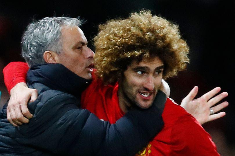 Man United kích hoạt điều khoản giữ chân Fellaini - Bóng Đá
