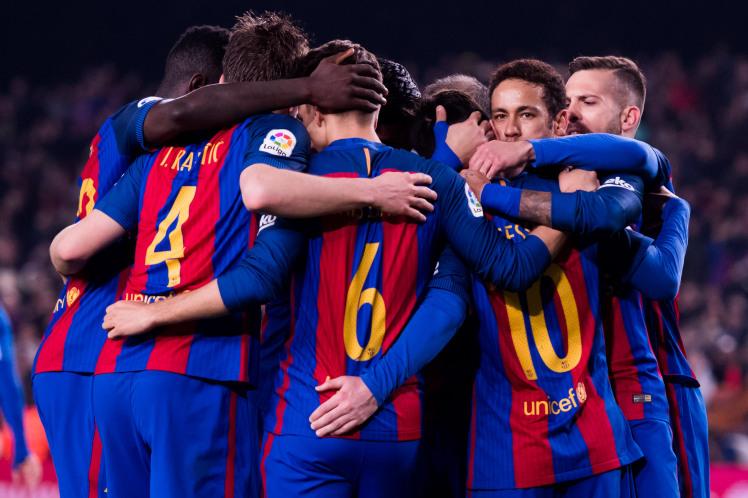 Barcelona làm điều chưa từng có ở La Liga