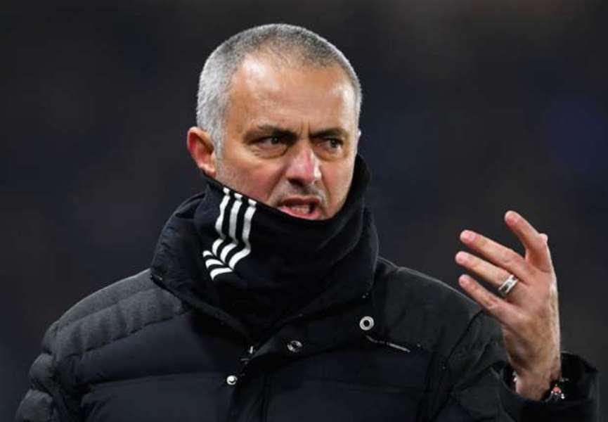 Đấu Chelsea, Jose Mourinho lại chơi đòn tâm lý chiến - Bóng Đá