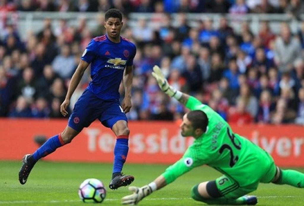 Marcus Rashford bỏ lỡ cơ hội, Mourinho nói gì? - Bóng Đá