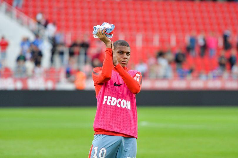 SỐC! Toàn đội Monaco được thông báo Mbappe sẽ đến PSG - Bóng Đá