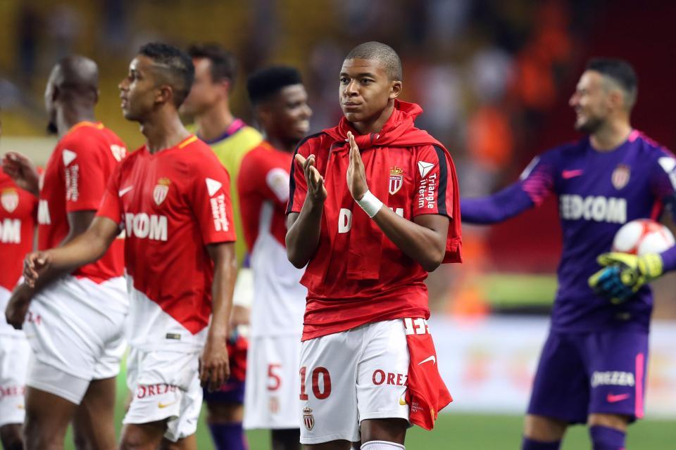 Sau tất cả, PSG đạt thỏa thuận mượn Kylian Mbappe