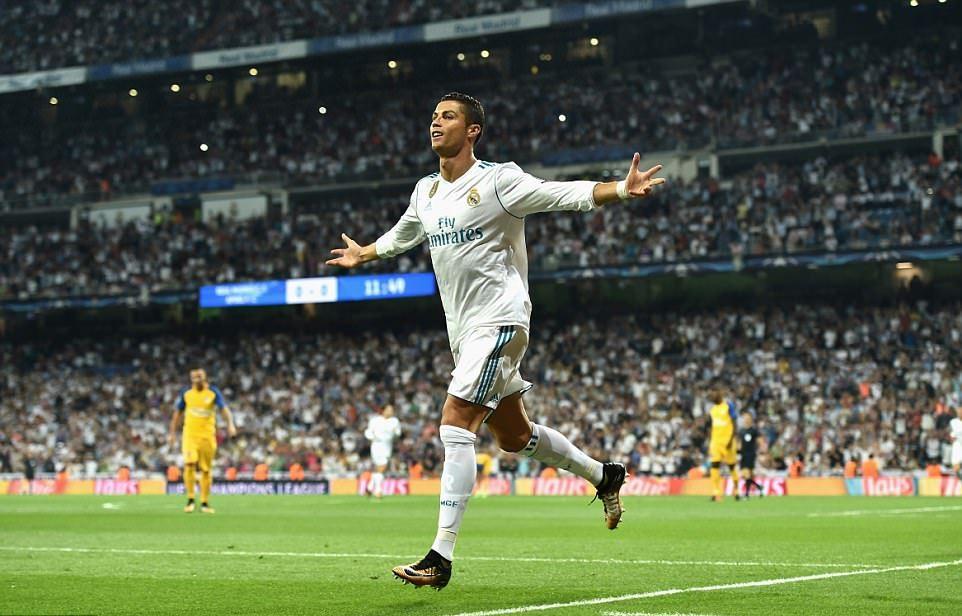 5 điểm nhấn sau trận Real 3-0 AOPEL: Giá trị của Bale, Ronaldo là một số 9