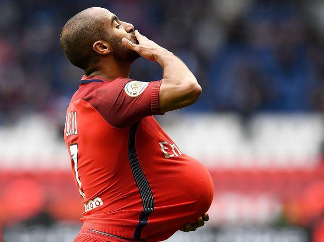 Lucas Moura nói gì về thông tin gia nhập Arsenal? - Bóng Đá