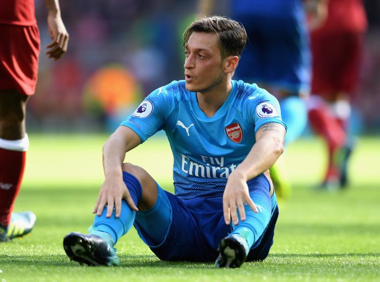 Đại diện lên tiếng hé lộ tương lai của Mesut Ozil - Bóng Đá