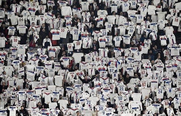 Sau vòng 13 Ligue 1: PSG tách top, Metz đã biết... hòa - Bóng Đá