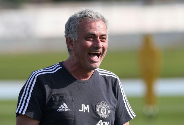 5 lí do Alexis Sanchez là bản hợp đồng hoàn hảo với Man Utd - Bóng Đá