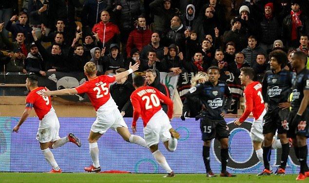 Monaco 2-2 Nice: Balotelli gọi, Falcao trả lời - Bóng Đá