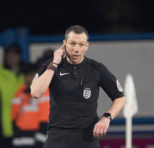 Công nghệ VAR từ chối bàn thắng của Mata - Bóng Đá