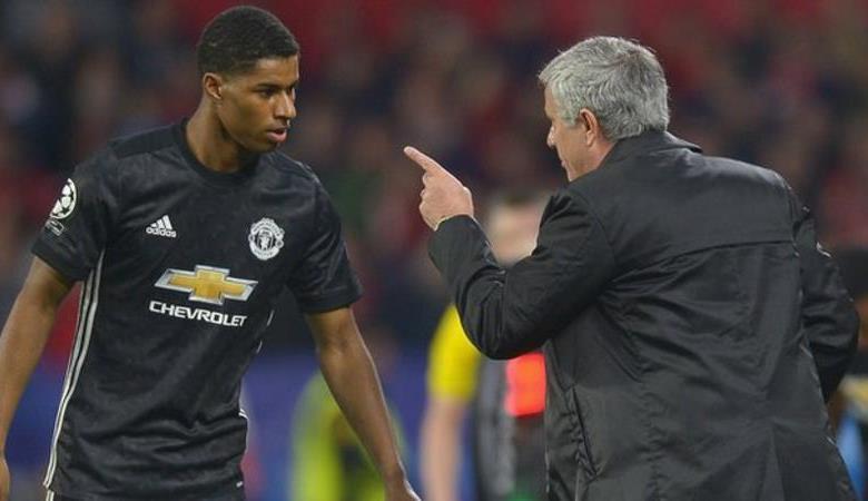 Chê Mourinho, Frank de Boer dính trọn 'đòn thù' - Bóng Đá