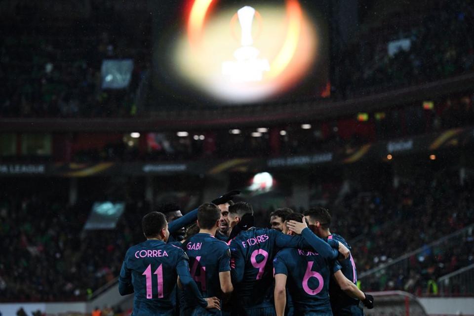 Torres lập cú đúp, Atletico hủy diệt Lokomotiv Moscow trên đất Nga - Bóng Đá