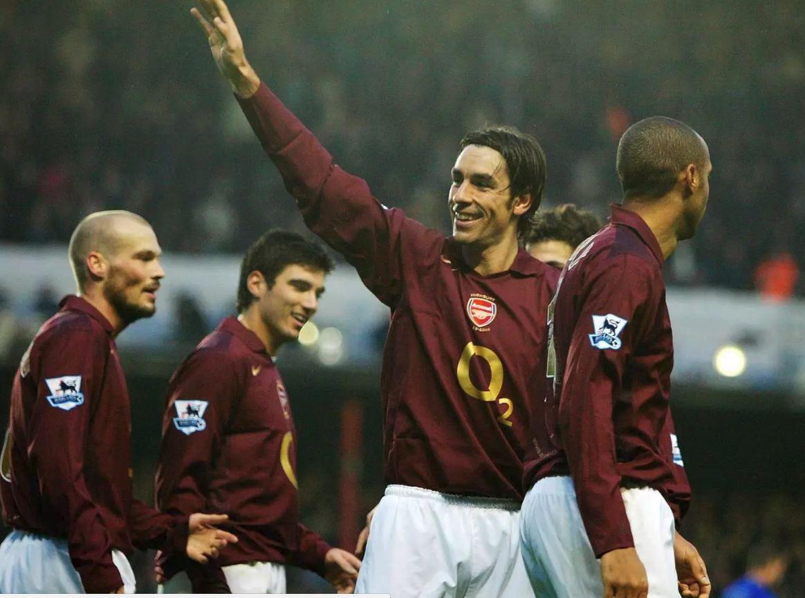 Đội hình 'bá đạo' của Arsenal thời Arsene Wenger - Bóng Đá