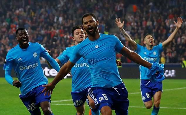 Marseille vào chung kết theo kịch bản không thể kịch tính hơn - Bóng Đá