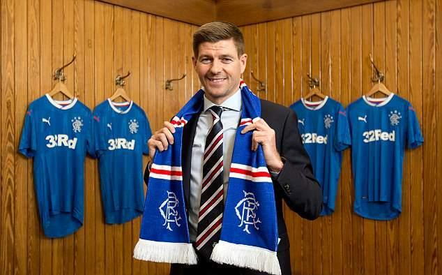 Steve Gerrard được chào đón nồng nhiệt trong ngày nhận chức - Bóng Đá