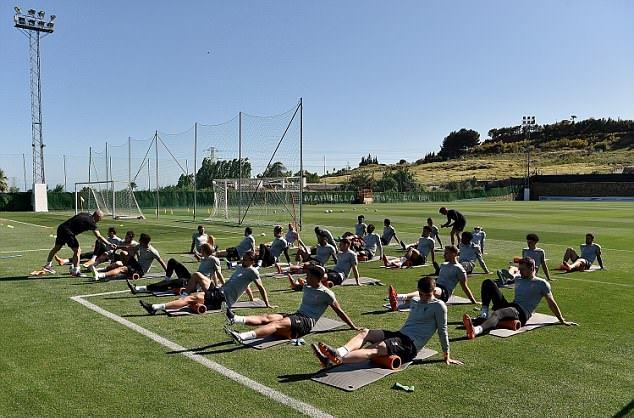 Liverpool ở Tây Ban Nha - Bóng Đá