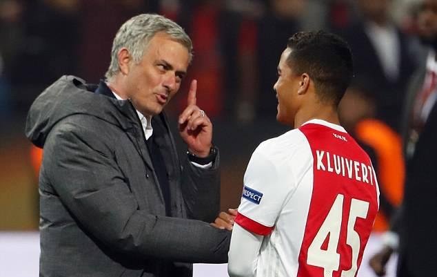 Justin Kluivert chính thức rời Ajax với giá 17.4 triệu bảng - Bóng Đá