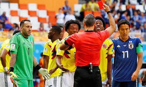 Trận Colombia - Nhật Bản chứng kiến thẻ đỏ nhanh thứ 2 lịch sử World Cup - Bóng Đá
