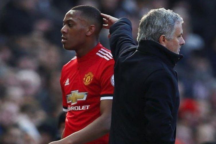 HLV Mourinho giải thích lí do Martial không được ra sân - Bóng Đá