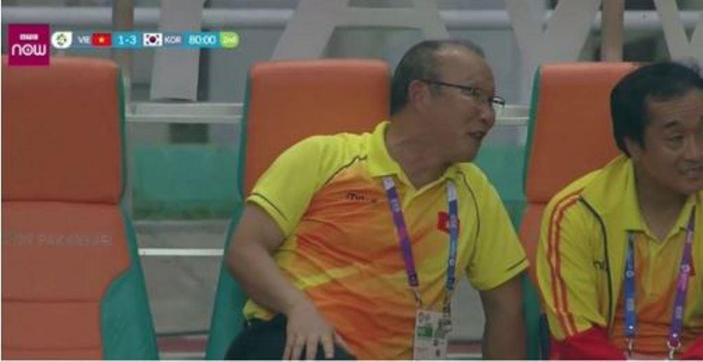 HLV Park Hang Seo giải thích lý do cười dù Olympic Việt Nam thua Hàn Quốc - Bóng Đá
