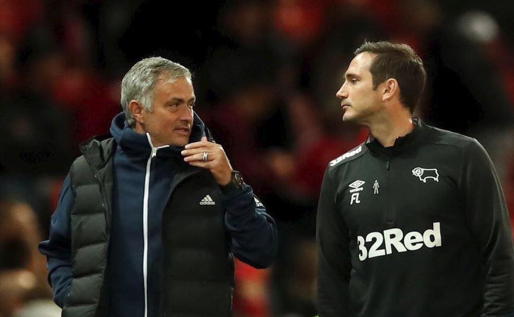 Fan Man Utd cạn lời với HLV Jose Mourinho, kêu gọi Out - Bóng Đá