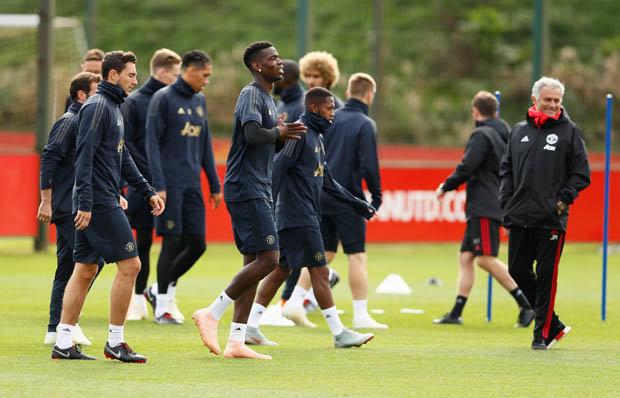Mourinho nói gì về việc bị các học trò làm phản - Bóng Đá