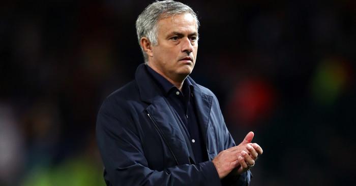 Mourinho chê bai hàng thủ - Bóng Đá