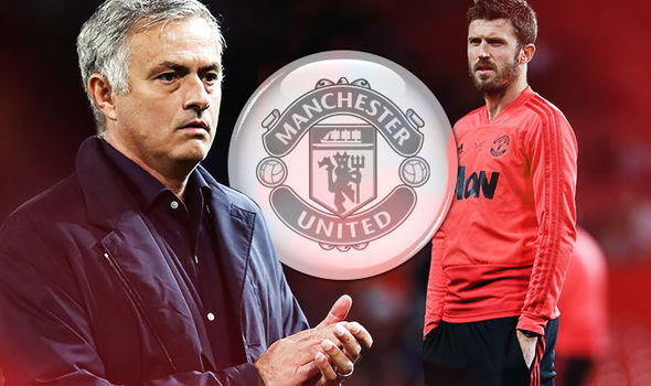Man Utd chốt HLV tạm quyền sau khi Mourinho bị sa thải - Bóng Đá