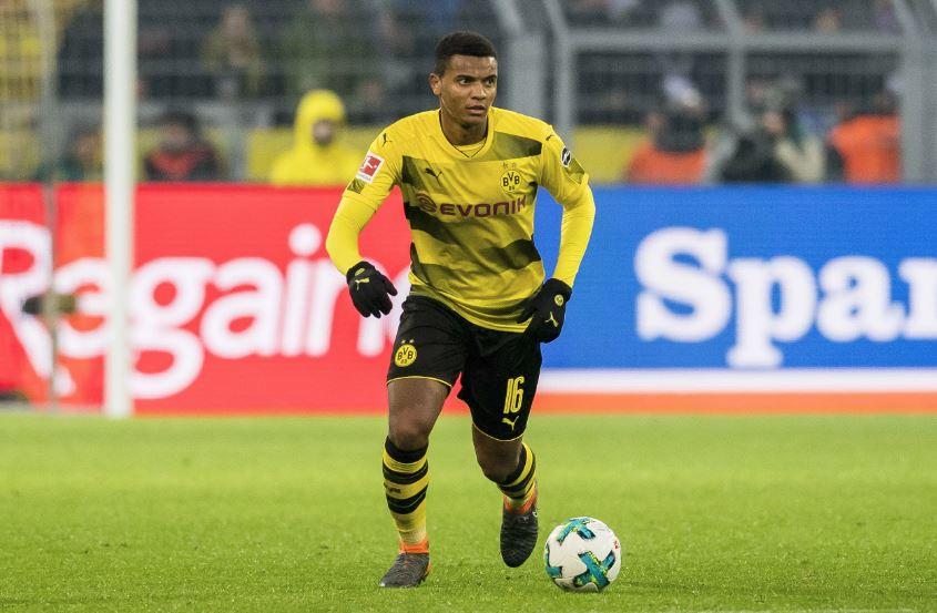 Trung vệ Dortmund: Tôi thích Man Utd từ nhỏ - Bóng Đá