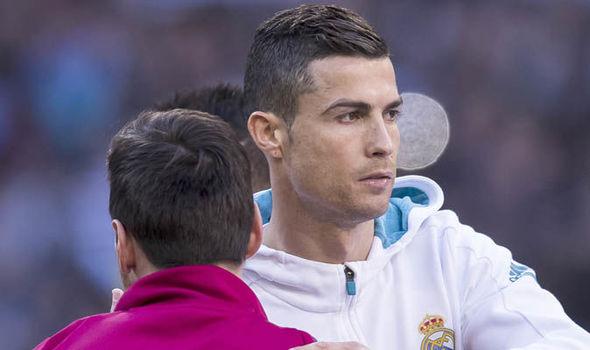Ivan Perisic chỉ ra cái hơn của Ronaldo so với Messi - Bóng Đá