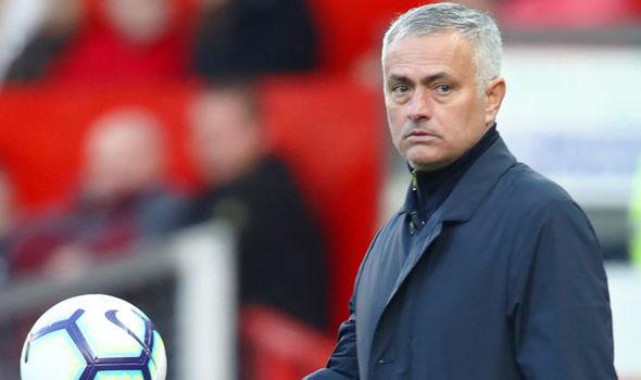 Vì một lí do này, Chelsea không thể thắng Man Utd - Bóng Đá