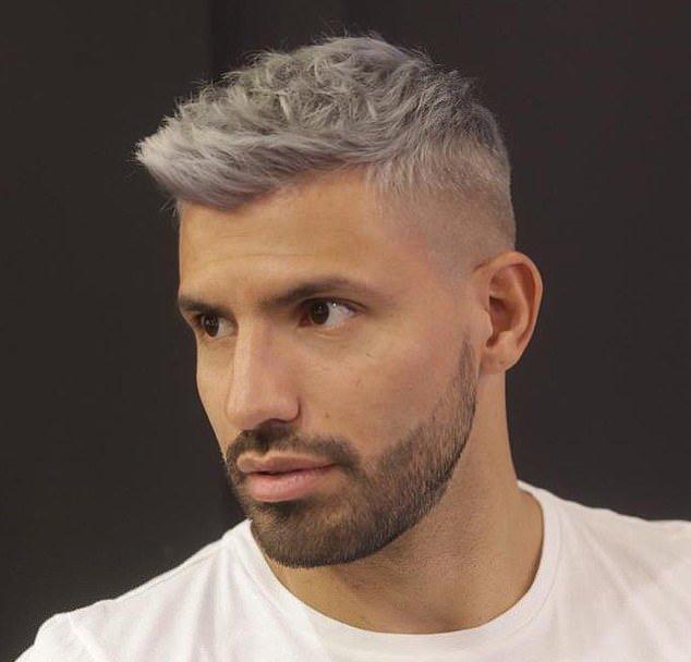 Aguero khoe tóc mới - Bóng Đá