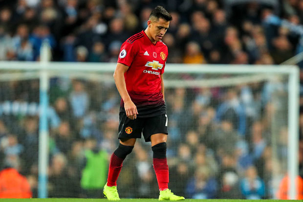 Biến ở Man Utd! Sanchez 'nổi khùng' với các đồng đội - Bóng Đá