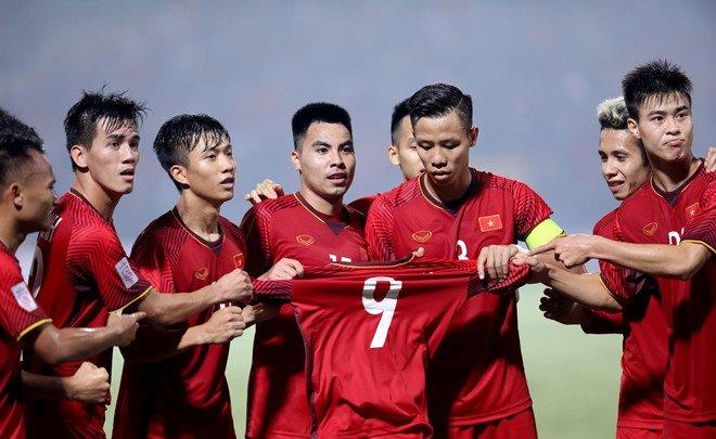 Thấy gì từ chiến thắng của Việt Nam: Những chú rồng Vàng chỉ có 1 ngôi sao - Bóng Đá