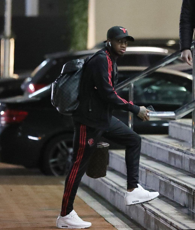 Man Utd đến Lowry - Bóng Đá