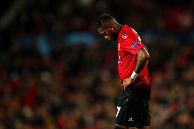 Lí do thực sự khiến Mourinho không dùng Fred - Bóng Đá