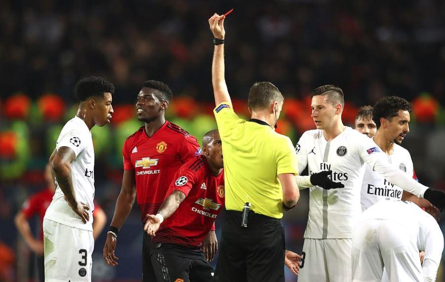 'Cậu ta đã khiến Paul Pogba phải câm lặng' - Bóng Đá
