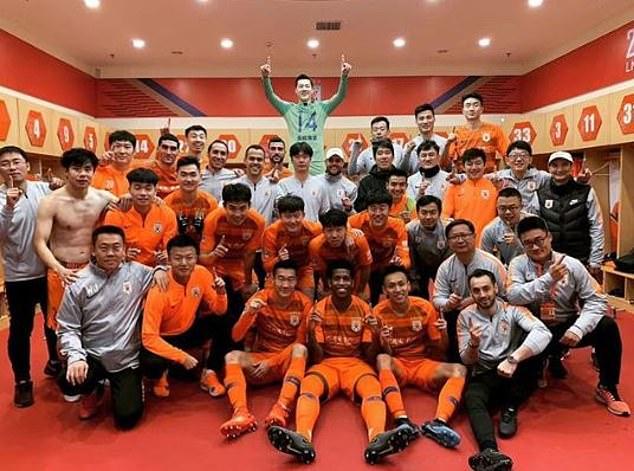 Fellaini ghi bàn ngay trận ra mắt Sơn Đông Lỗ Năng - Bóng Đá