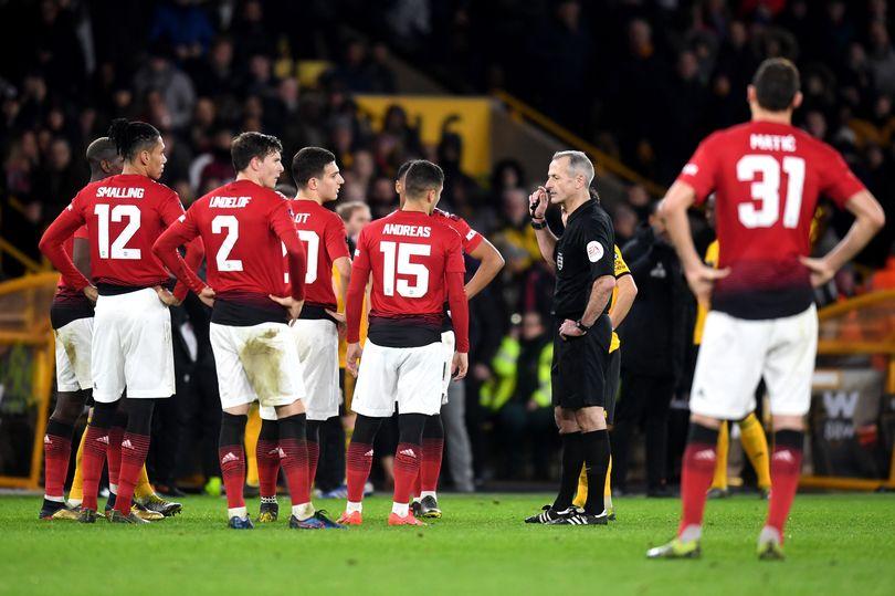 Thua Wolves, Man Utd chiếm lợi thế không nhỏ trước Barcelona - Bóng Đá