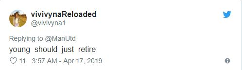 Ashley Young bị fan chỉ trích - Bóng Đá