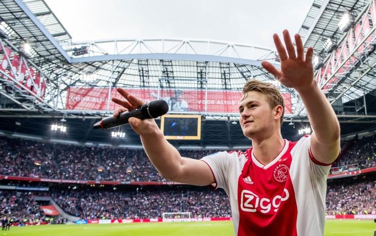 Fan Man Utd phát cuồng với động thái mới nhất của Man Utd De Ligt - Bóng Đá