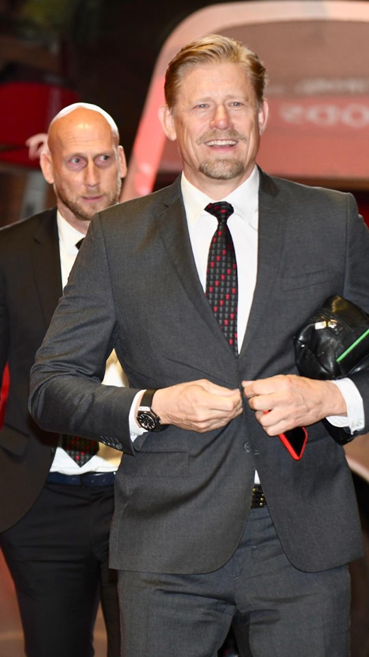 Sir Alex Solskjaer đến Old Trafford (ảnh) - Bóng Đá