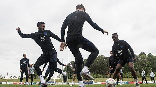7 'ngôi sao Champions League' trở lại, đội tuyển Anh thật mạnh mẽ - Bóng Đá