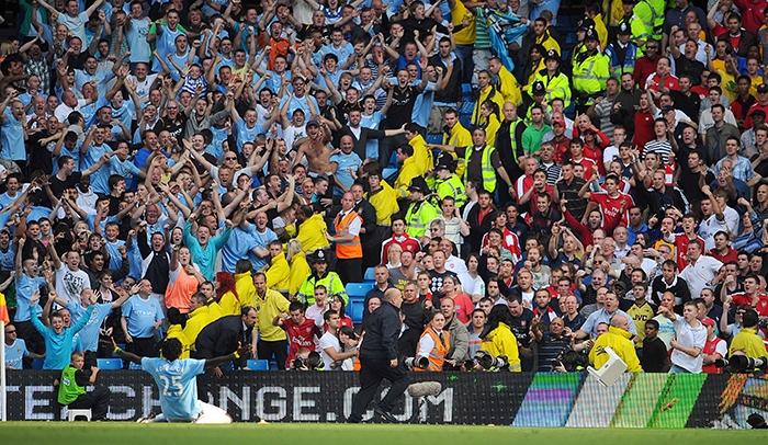 Suarez, Kaka, Adebayor, Berbatov và 10 cầu thủ 'lật mặt' cực nhanh trong làng bóng đá - Bóng Đá