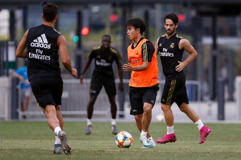 Real, Bale tập luyện - Bóng Đá
