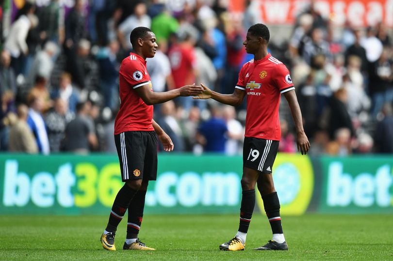 Dimitar Berbatov names his Manchester United central striker between Anthony Martial and Marcus Rashford - Bóng Đá