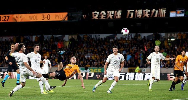 https://www.dailymail.co.uk/sport/football/article-7361539/Wolves-4-0-Pyunik-agg-8-0-Nuno-Espirito-Santos-men-reach-Europa-League-play-round-style.html - Bóng Đá